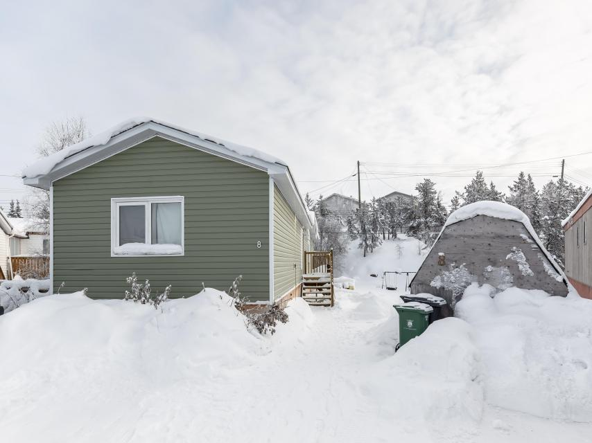 8 Balsillie Court, Frame Lake South, Yellowknife