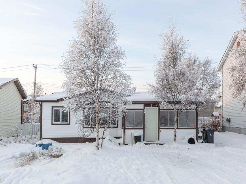 15 Johnson Crescent, Frame Lake South, Yellowknife