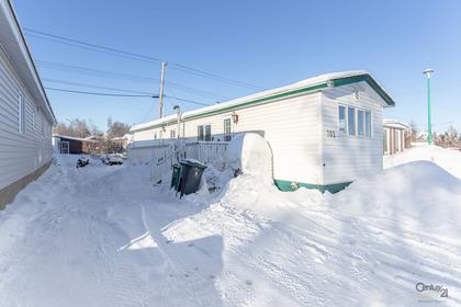 702-bigelow-crescent-hdr-15 at 702 Bigelow Crescent, Kam Lake, Yellowknife