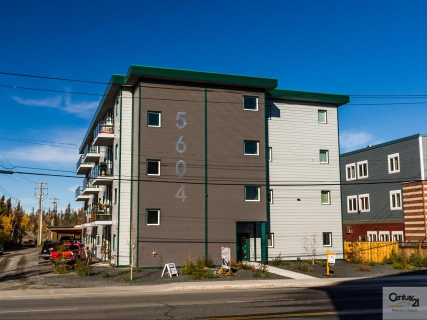 202 - 5604 50th Avenue, Downtown, Yellowknife