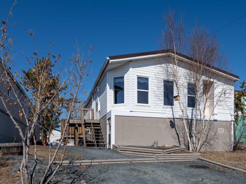 180 Jeske Cresc, Range Lake, Yellowknife