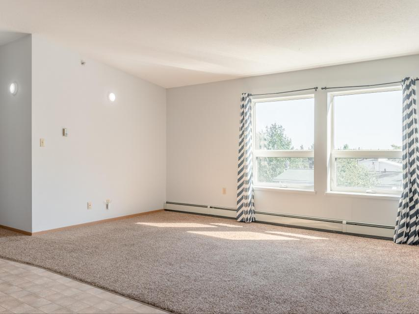 302 - 5001 Forrest Drive, Forrest Park, Yellowknife