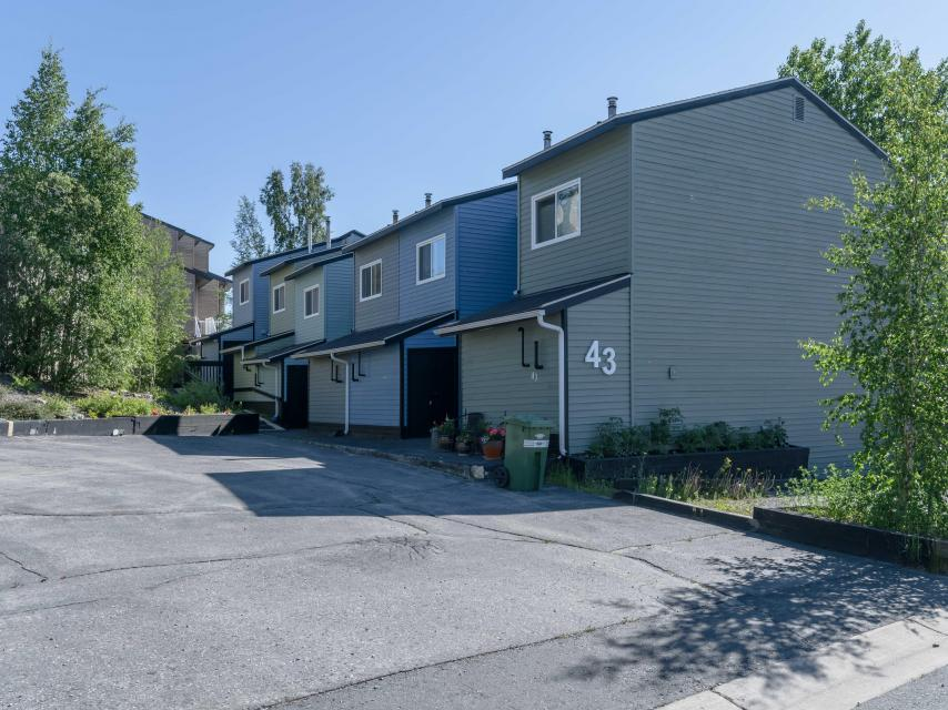 1054 - 43 Rycon Drive, Con Road, Yellowknife