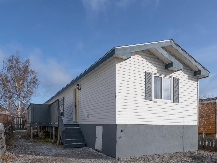 125 Stinson Road, Yellowknife