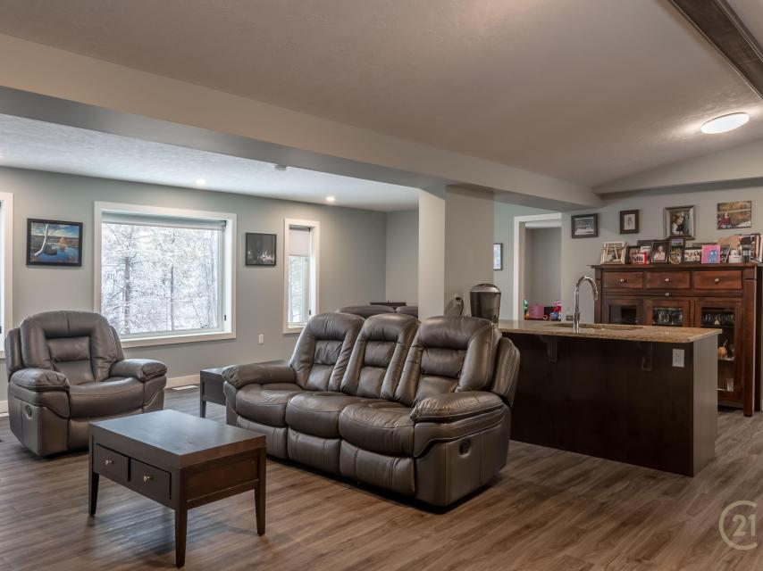 6 Nahanni Drive, Kam Lake, Yellowknife