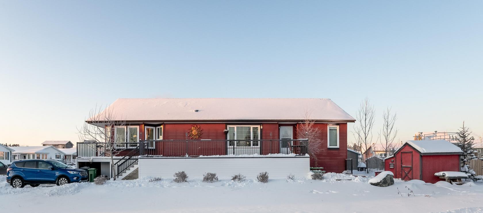 100 Haener Drive, Niven, Yellowknife 2