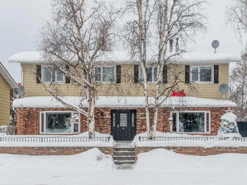 6 Burwash Drive, Downtown, Yellowknife