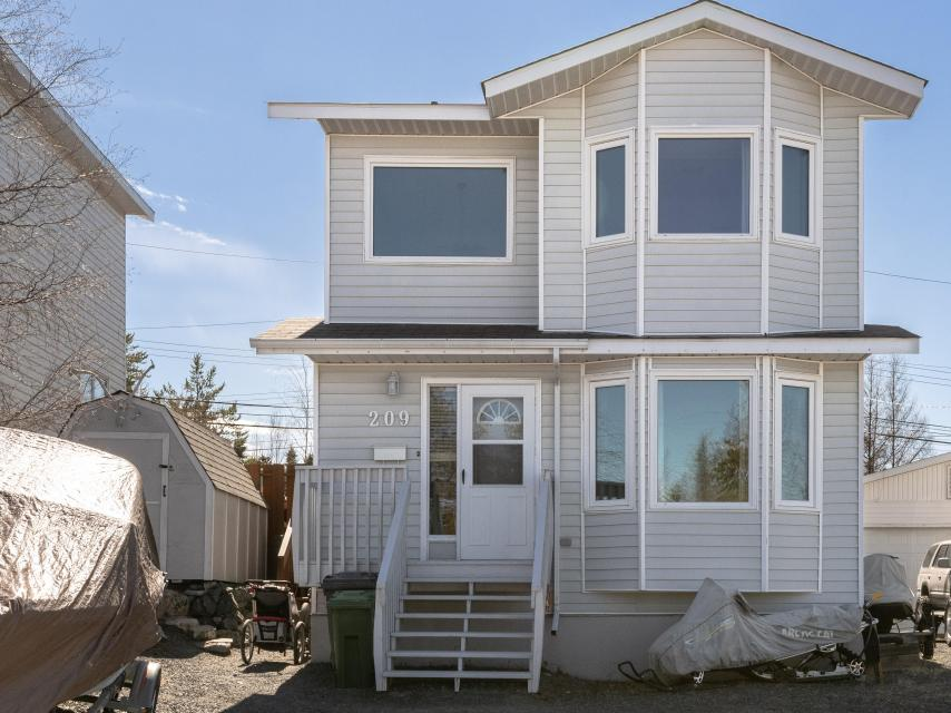 209 Borden Drive, Range Lake, Yellowknife