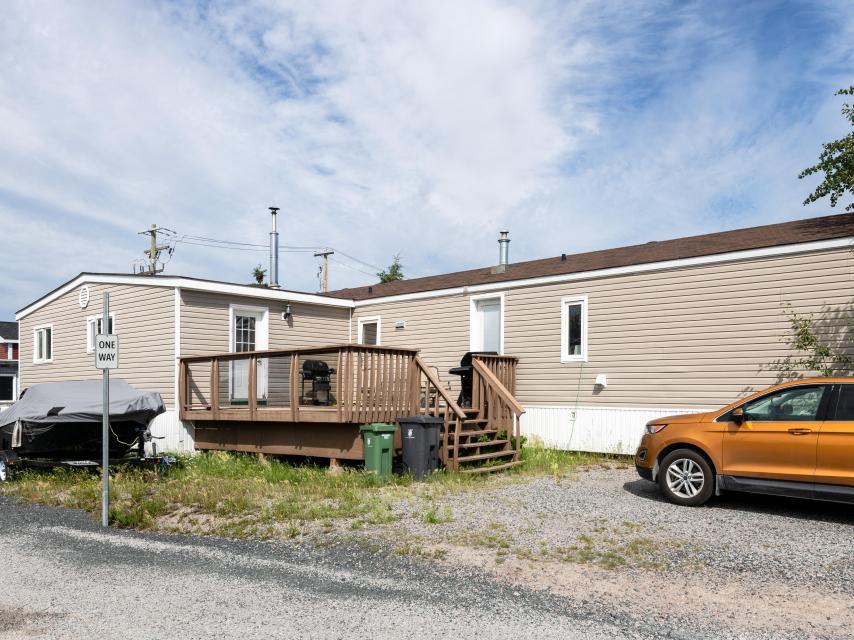 13 Bagon Drive, Range Lake, Yellowknife