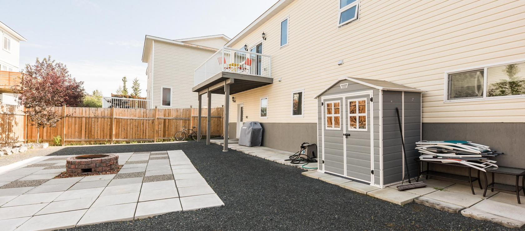 3 Stirling Court, Niven, Yellowknife 2