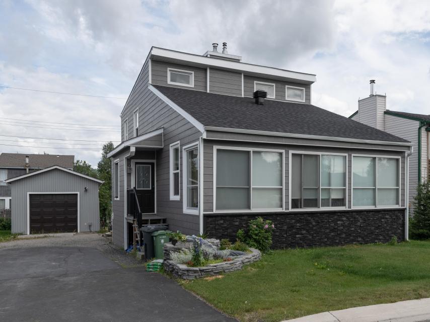 204 Woolgar Avenue, Range Lake, Yellowknife