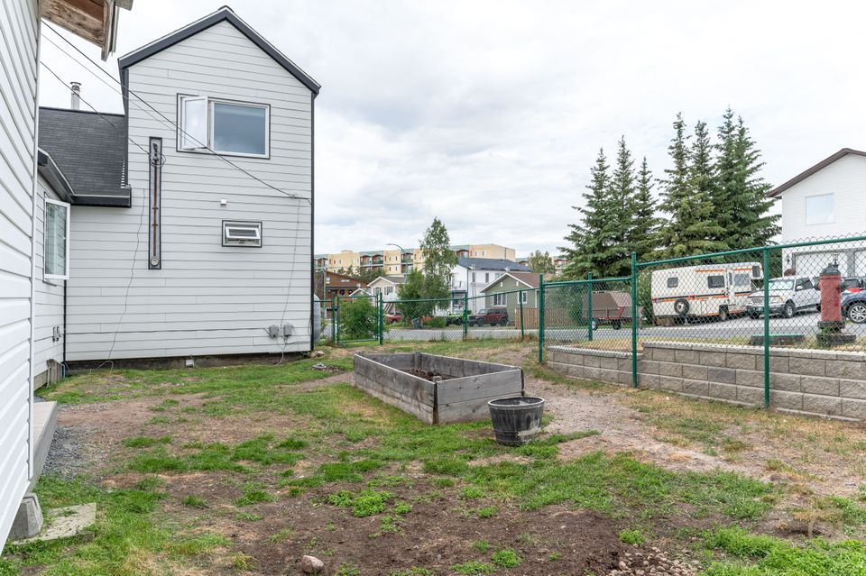 120-knutsen-court-hdr-27 at 120 Knutsen Avenue, Frame Lake, Yellowknife