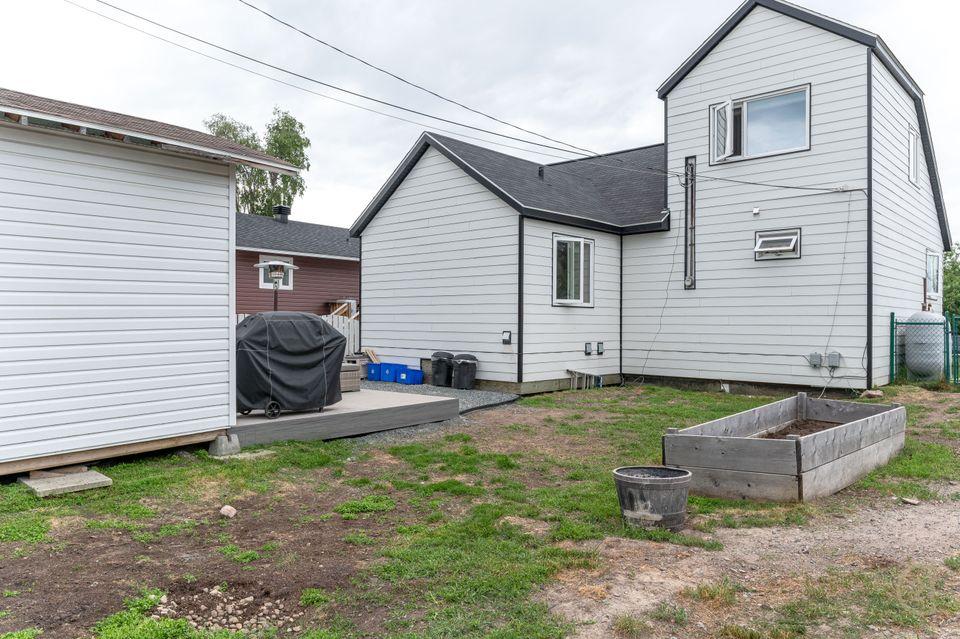 120-knutsen-court-hdr-28 at 120 Knutsen Avenue, Frame Lake, Yellowknife