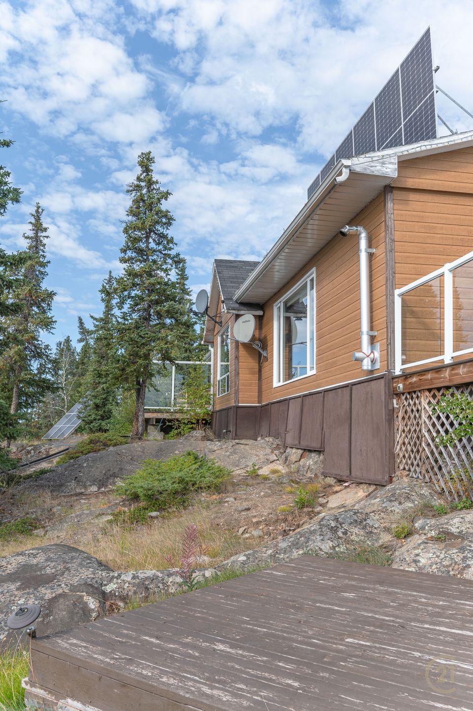 1-small-lake-hdr-16 at 1 Small Lake, Ingraham Trail, Yellowknife