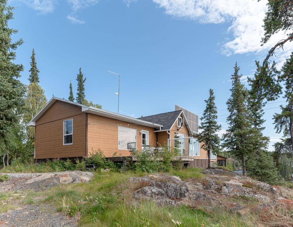 1-small-lake-hdr-33 at 1 Small Lake, Ingraham Trail, Yellowknife