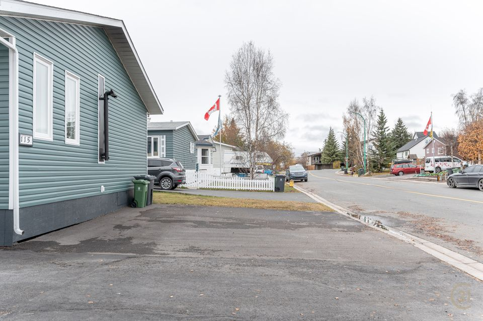 115-knutsen-avenue-hdr-28 at 115 Knutsen Avenue, Frame Lake, Yellowknife