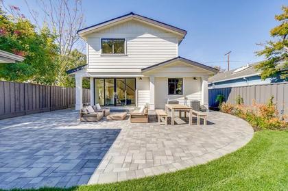 backyard at 471 Pepper Avenue, Ventura, Palo Alto