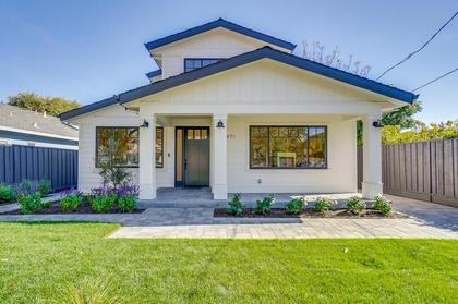 front view at 471 Pepper Avenue, Ventura, Palo Alto