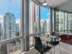 7 at 2005 - 1166 Melville Street, Coal Harbour, Vancouver West
