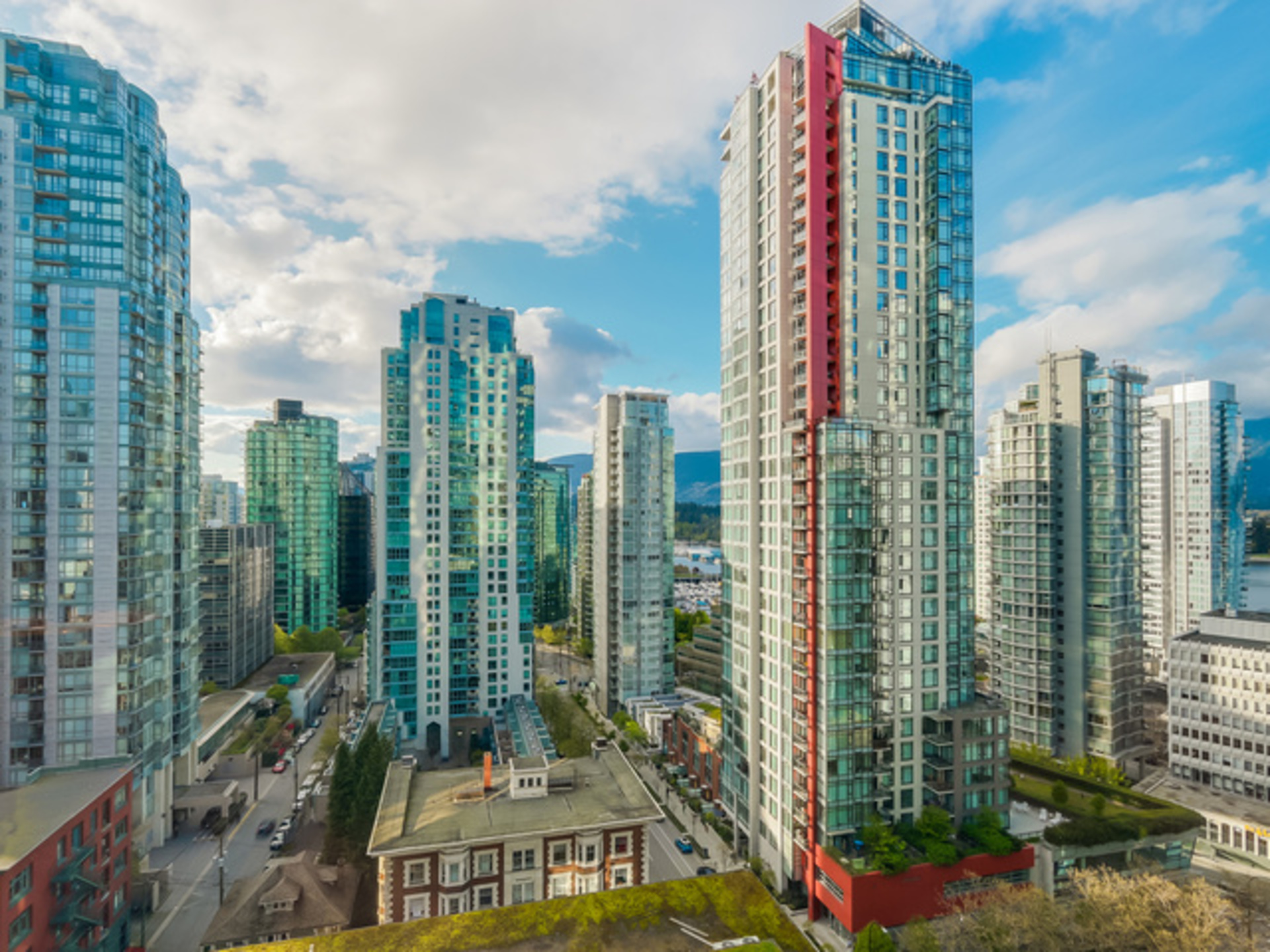 2005 - 1166 Melville Street, Coal Harbour, Vancouver West