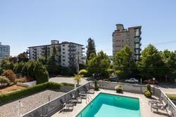 View at 102 - 650 16th Street, Ambleside, West Vancouver