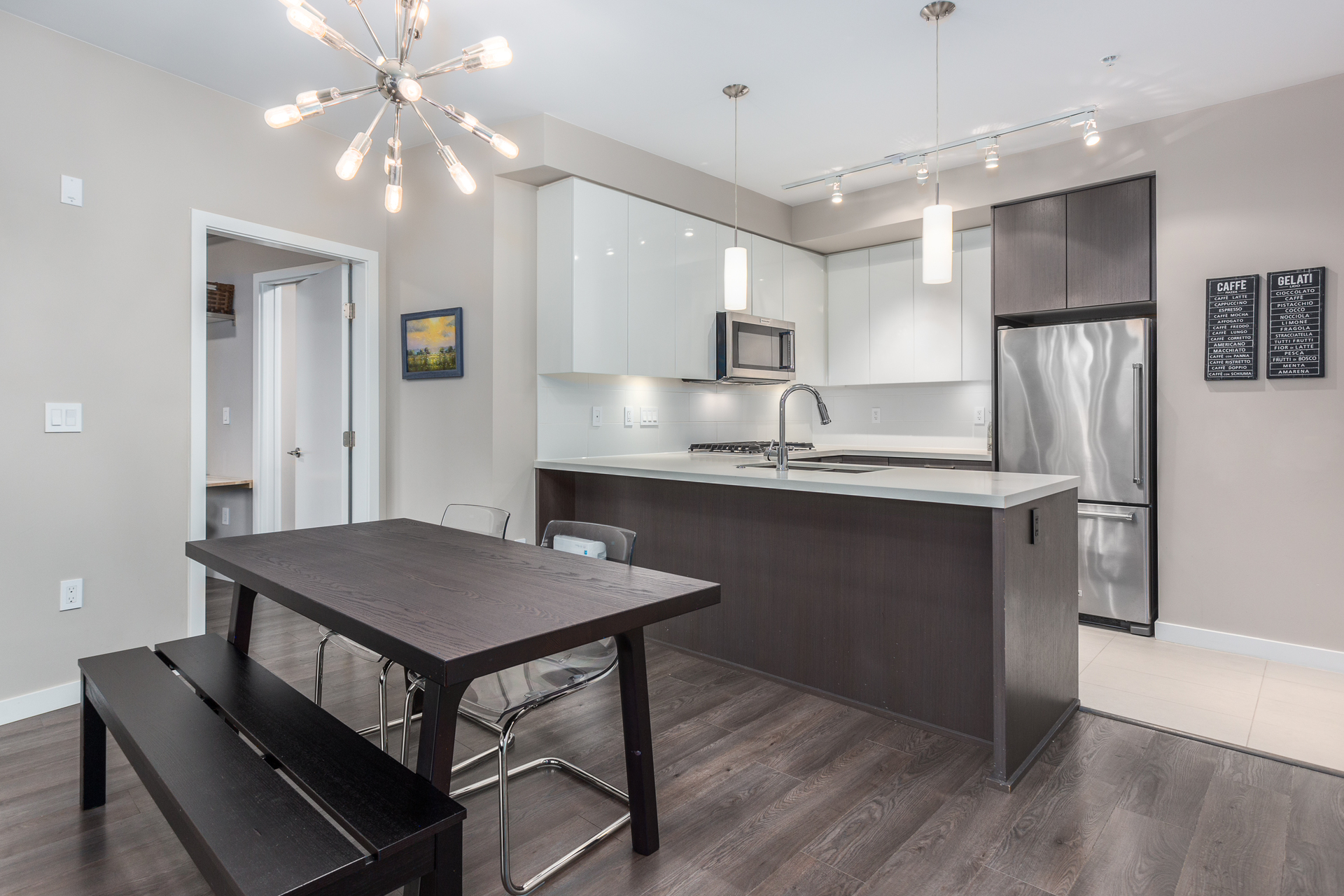 210 - 20 E Royal Avenue, Fraserview NW, New Westminster