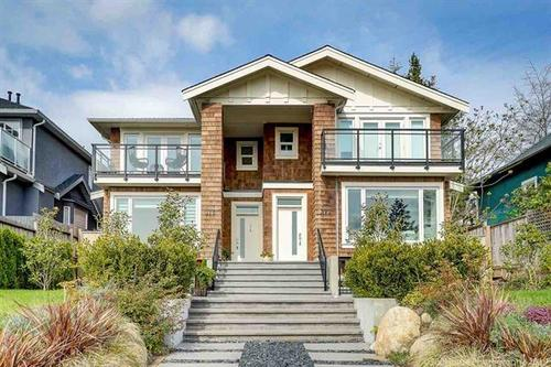 262385406 at 370 E 5th Street, Lower Lonsdale, North Vancouver