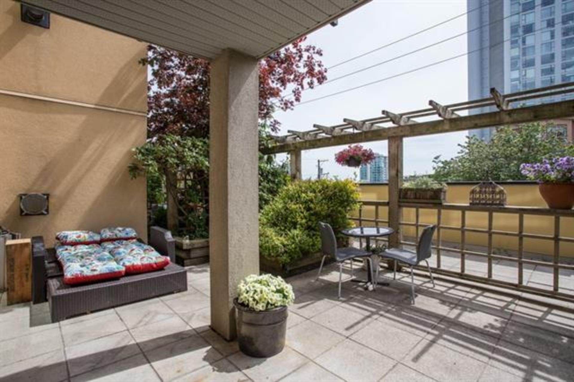 210 - 124 W 3rd Street, Lower Lonsdale, North Vancouver