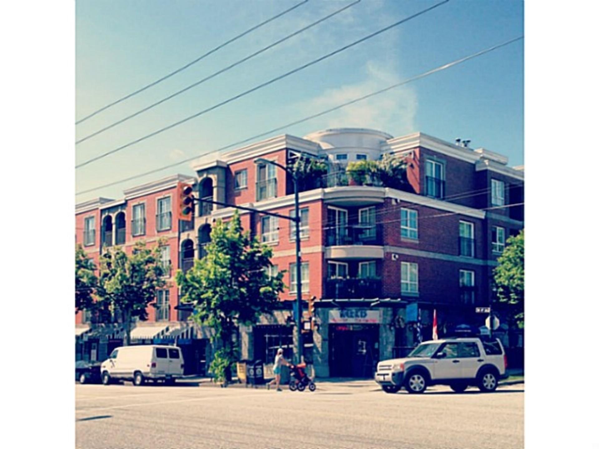411 - 1989 Dunbar Street , Kitsilano, Vancouver West