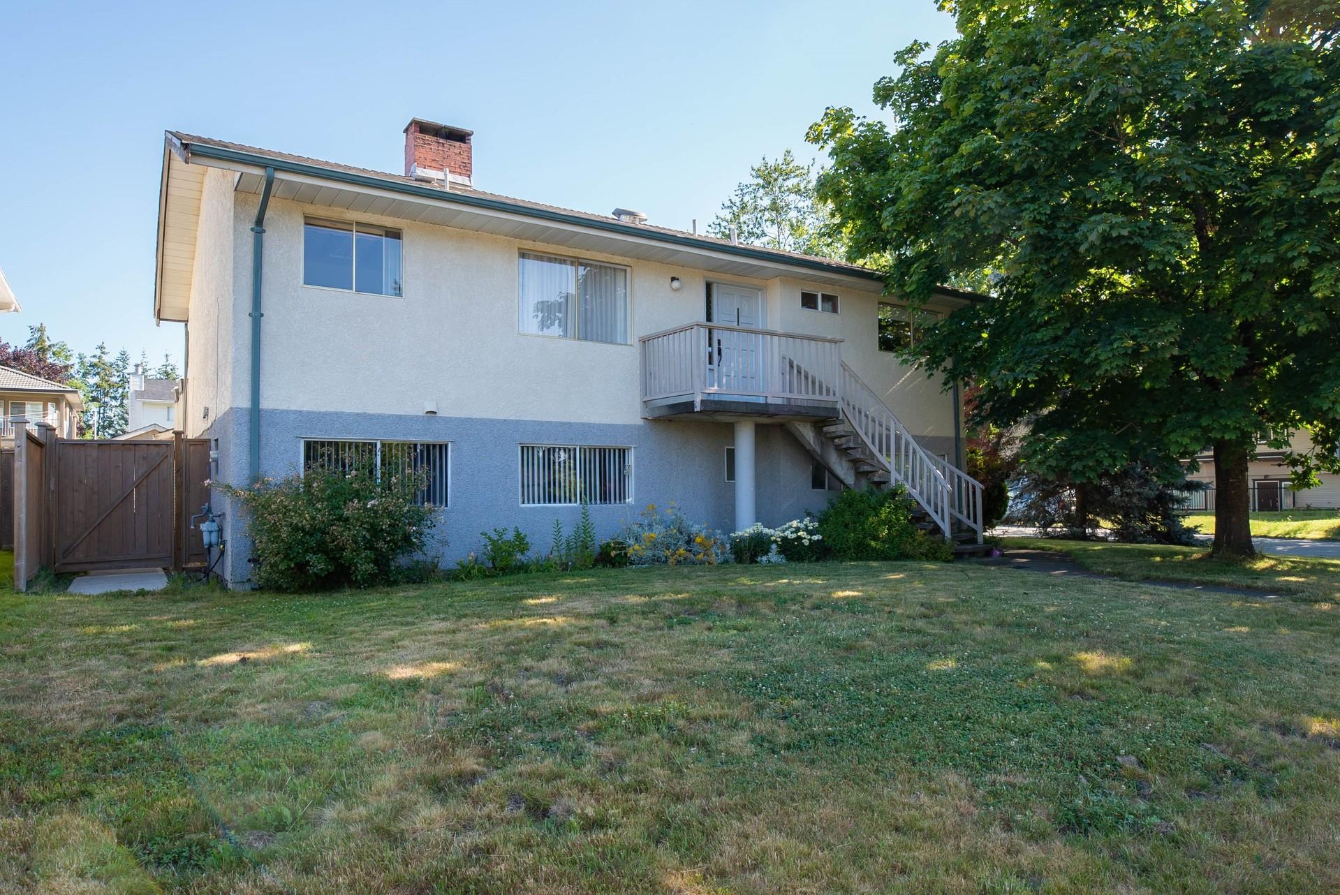 1 at 13941 89 Avenue, Bear Creek Green Timbers, Surrey