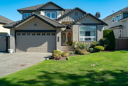 front-pic at 7378 146 Street, East Newton, Surrey
