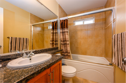upstairs-bathroom at  19509 71a Avenue, Clayton, Cloverdale
