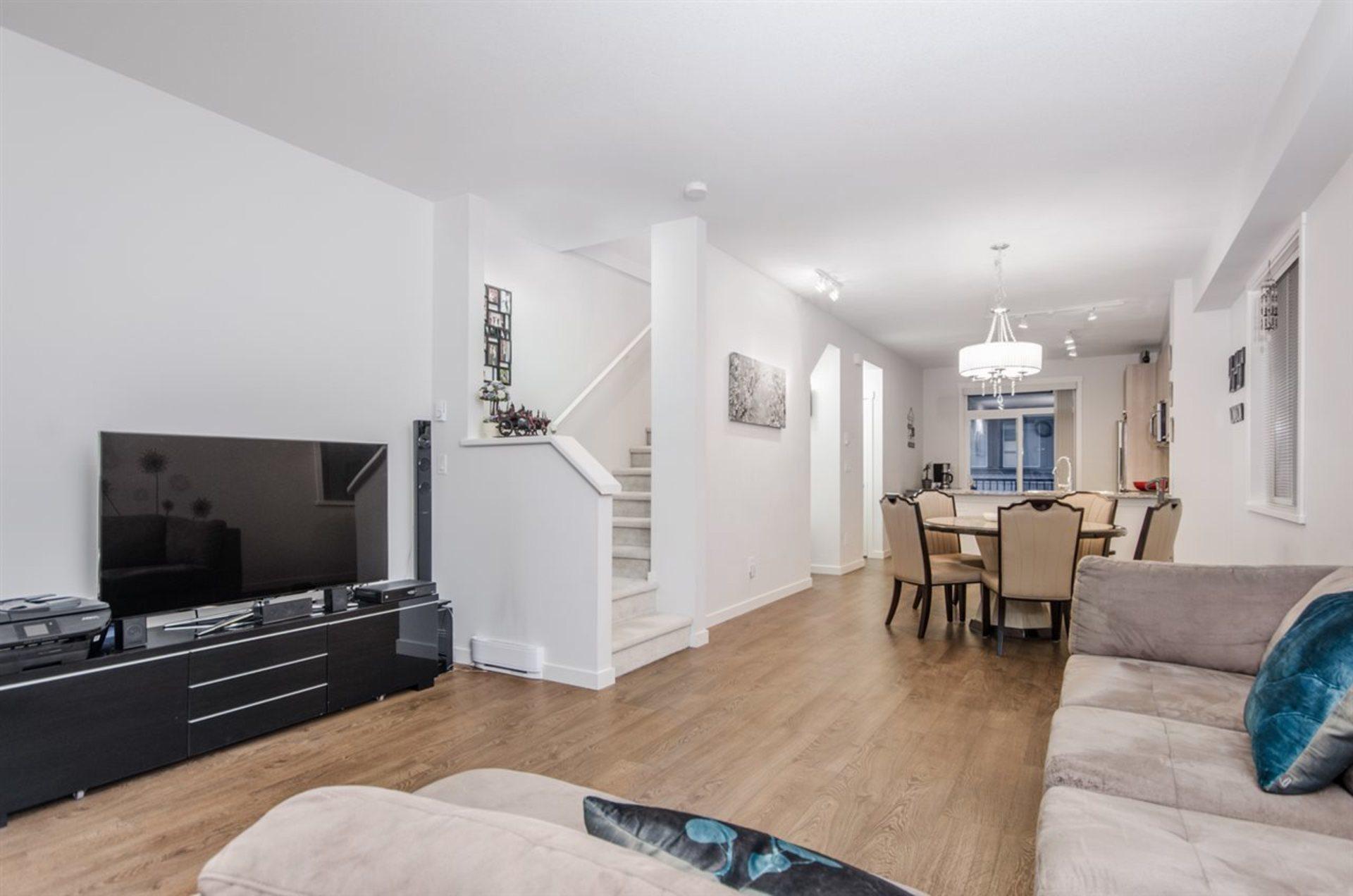 8355-164-street-fleetwood-tynehead-surrey-05 at 47 - 8355 164 Street, Fleetwood Tynehead, Surrey
