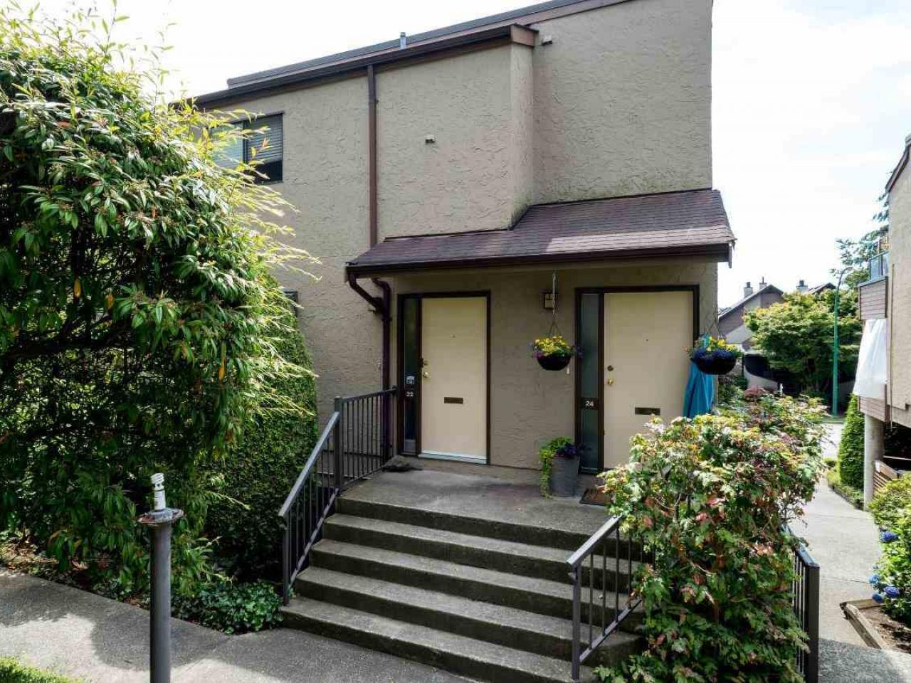 #23 - 220 E 4th Street, Lower Lonsdale, North Vancouver