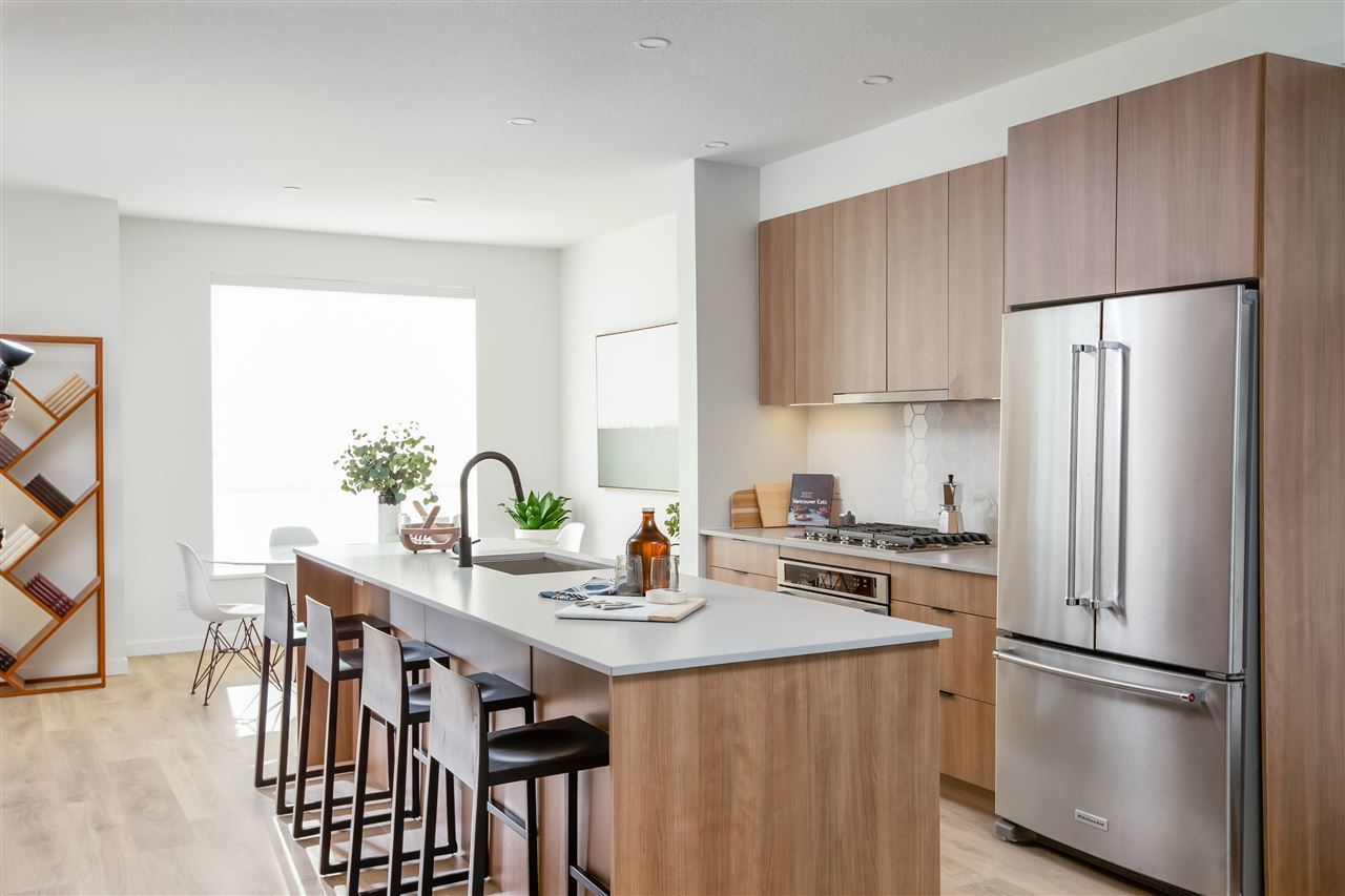 17 - 533 E 3rd Street, Lower Lonsdale, North Vancouver