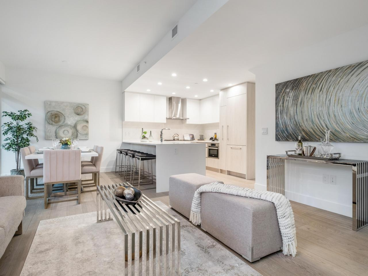 TH2 - 238 Chesterfield Avenue, Lower Lonsdale, North Vancouver