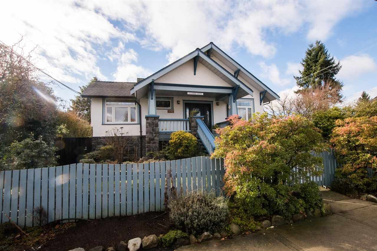 816 Tenth Street, Moody Park, New Westminster