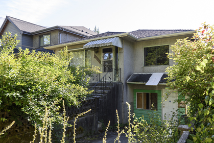 at 4859 Prince Edward Street, Main, Vancouver East