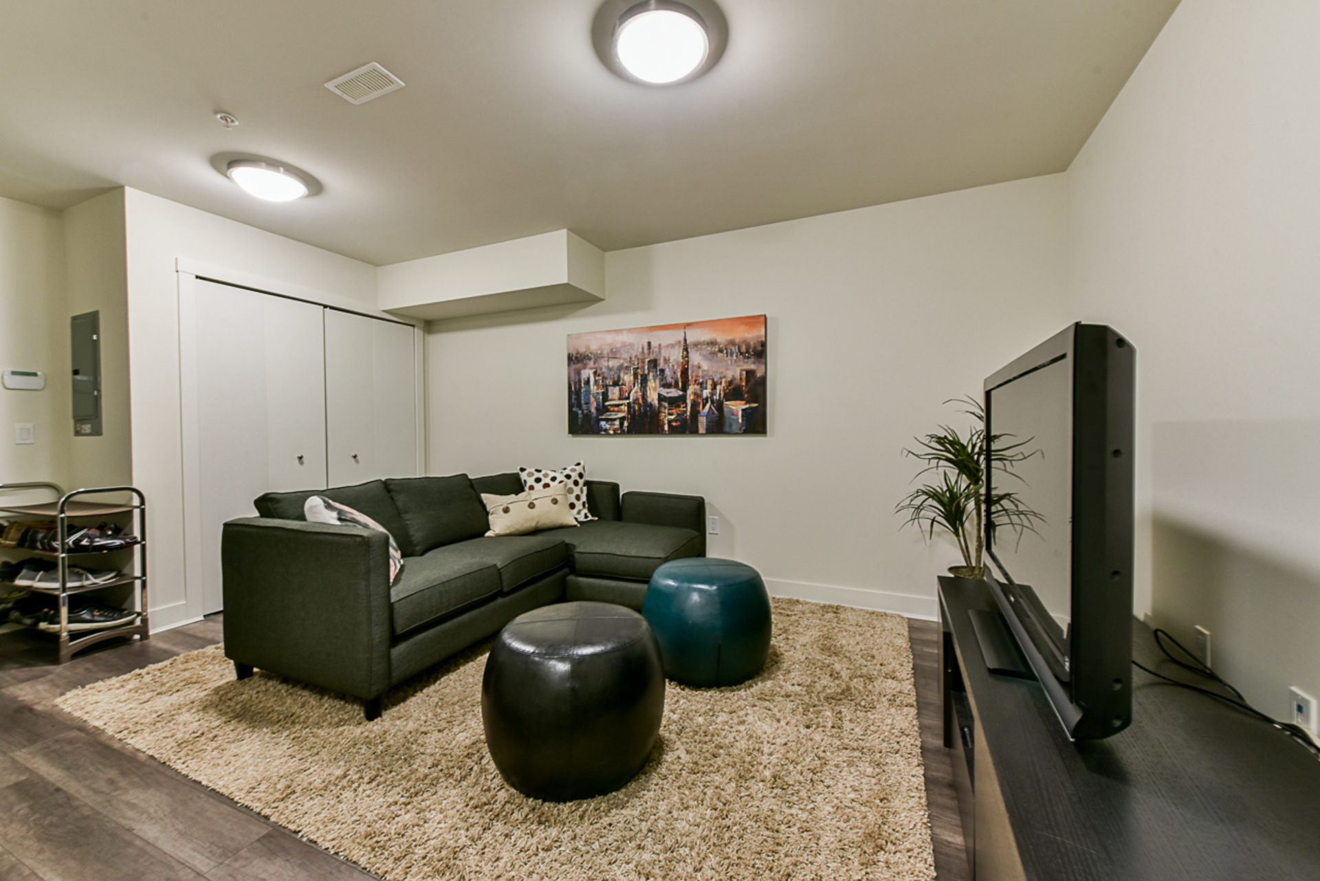 at 5528 Oak Street, Cambie, Vancouver West