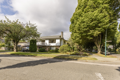 at 3815 St. Catherines Street, Fraser VE, Vancouver East