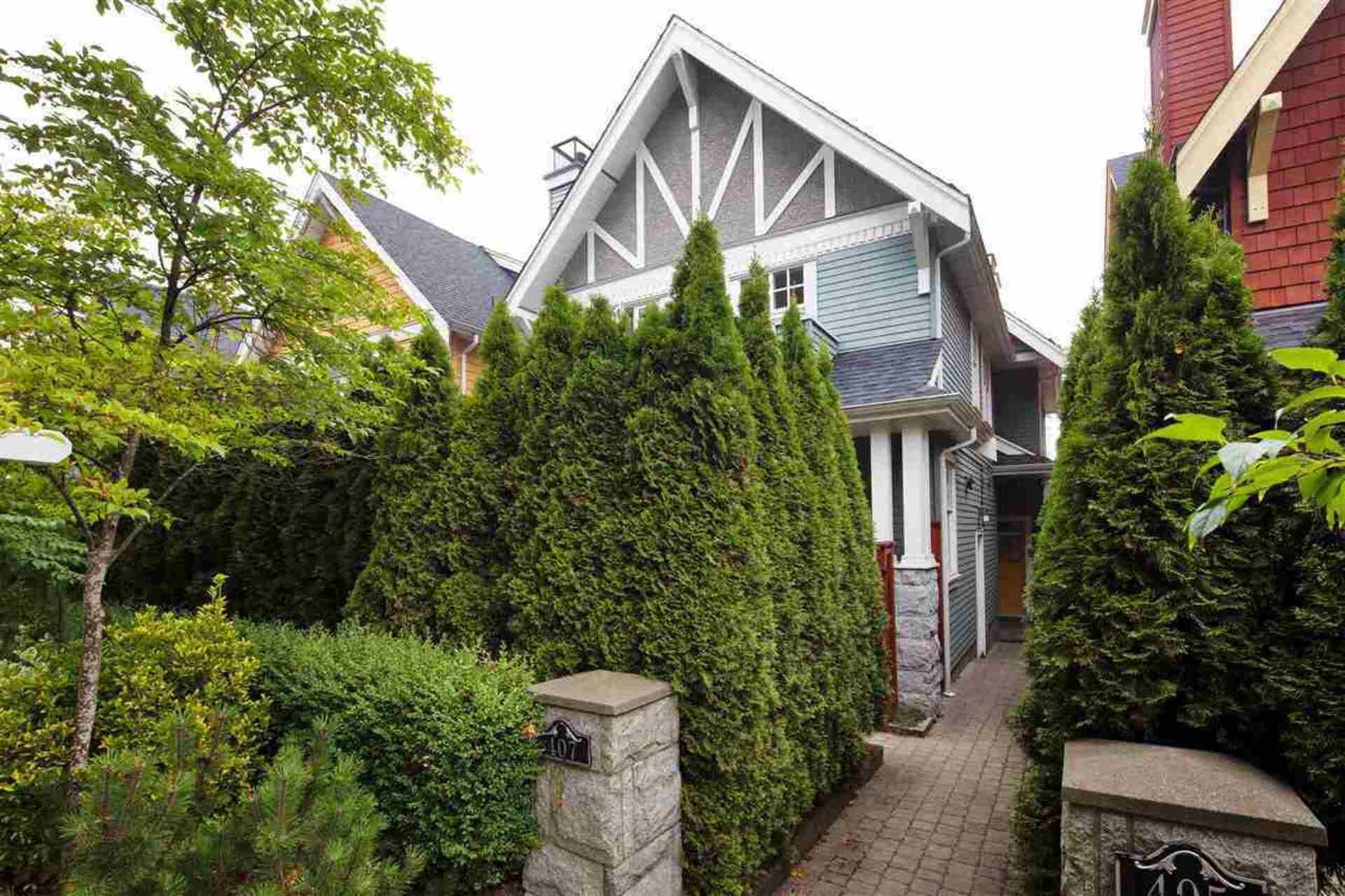 407-w-16th-avenue-mount-pleasant-vw-vancouver-west-01 at 407 W 16th Avenue, Mount Pleasant VW, Vancouver West