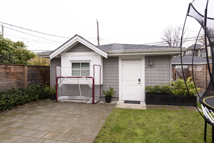 653-w-20th-ave-ext-web-0723 at 653 West 20th Avenue, Cambie, Vancouver West