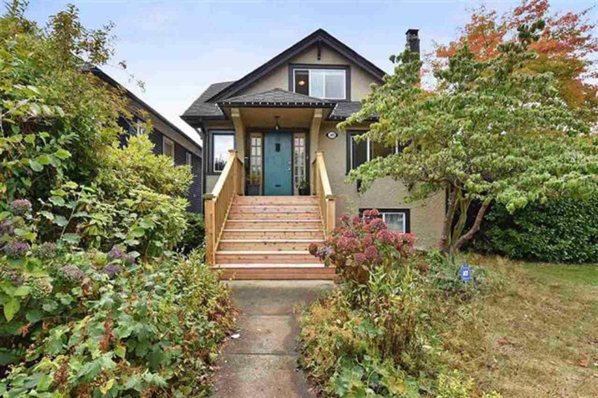 2602-dundas-street-hastings-sunrise-vancouver-east-01 at 2602 Dundas Street, Hastings Sunrise, Vancouver East