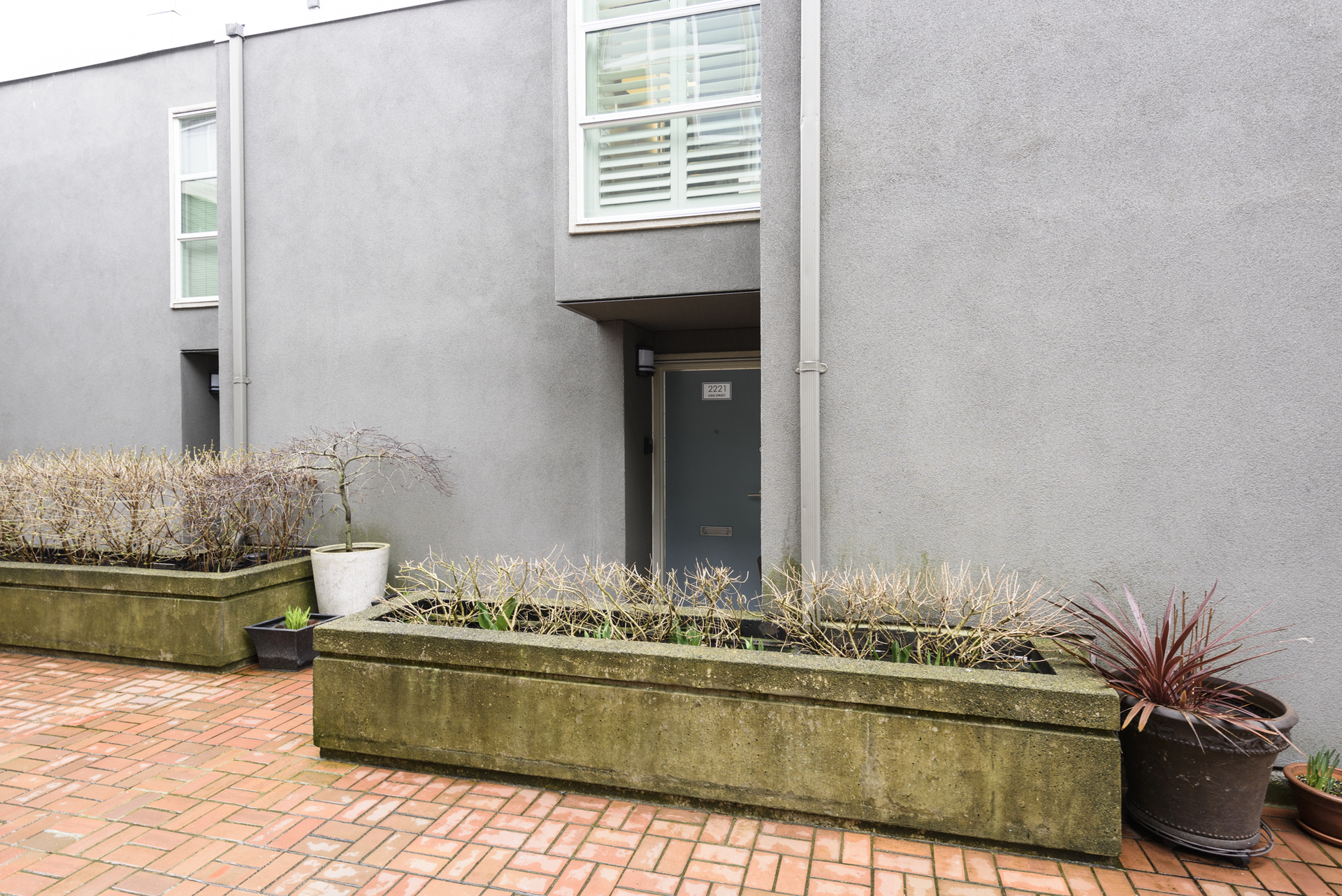 at 2221 Oak Street, Fairview VW, Vancouver West