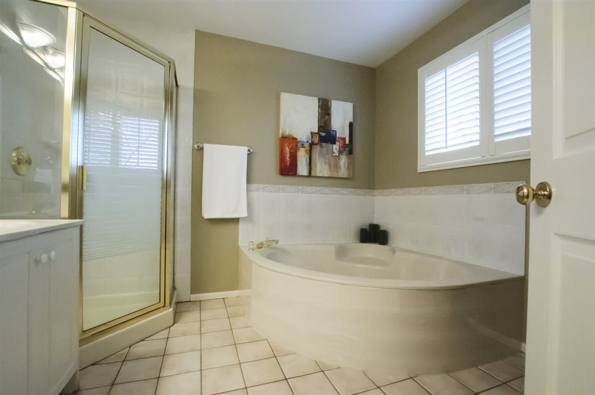 Photo 10 at 3878 W 24th Avenue, Dunbar, Vancouver West