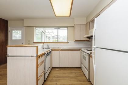 7230-kitchener-street-simon-fraser-univer-burnaby-north-11 at 7230 Kitchener Street, Burnaby North