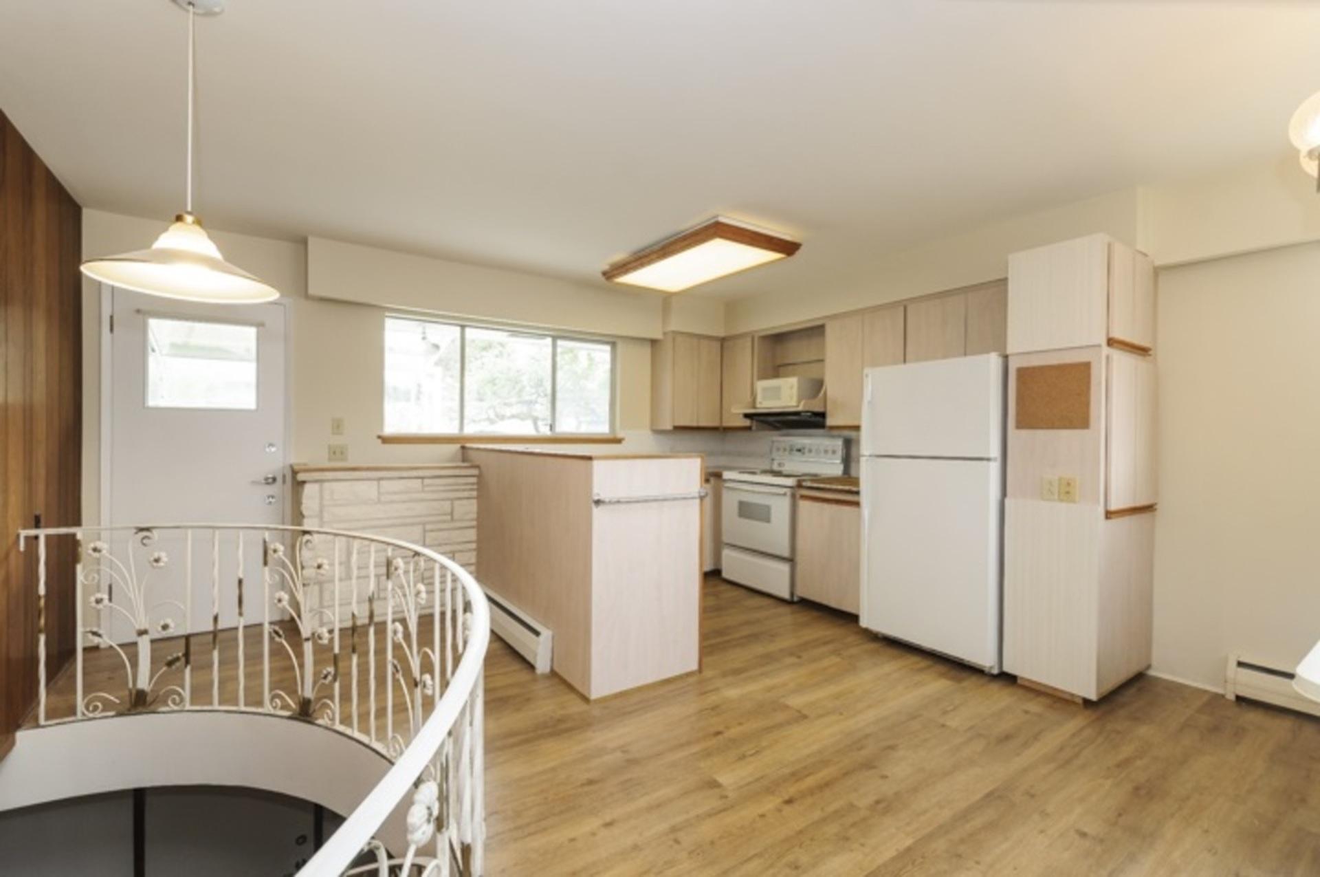 7230-kitchener-street-simon-fraser-univer-burnaby-north-20 at 7230 Kitchener Street, Burnaby North
