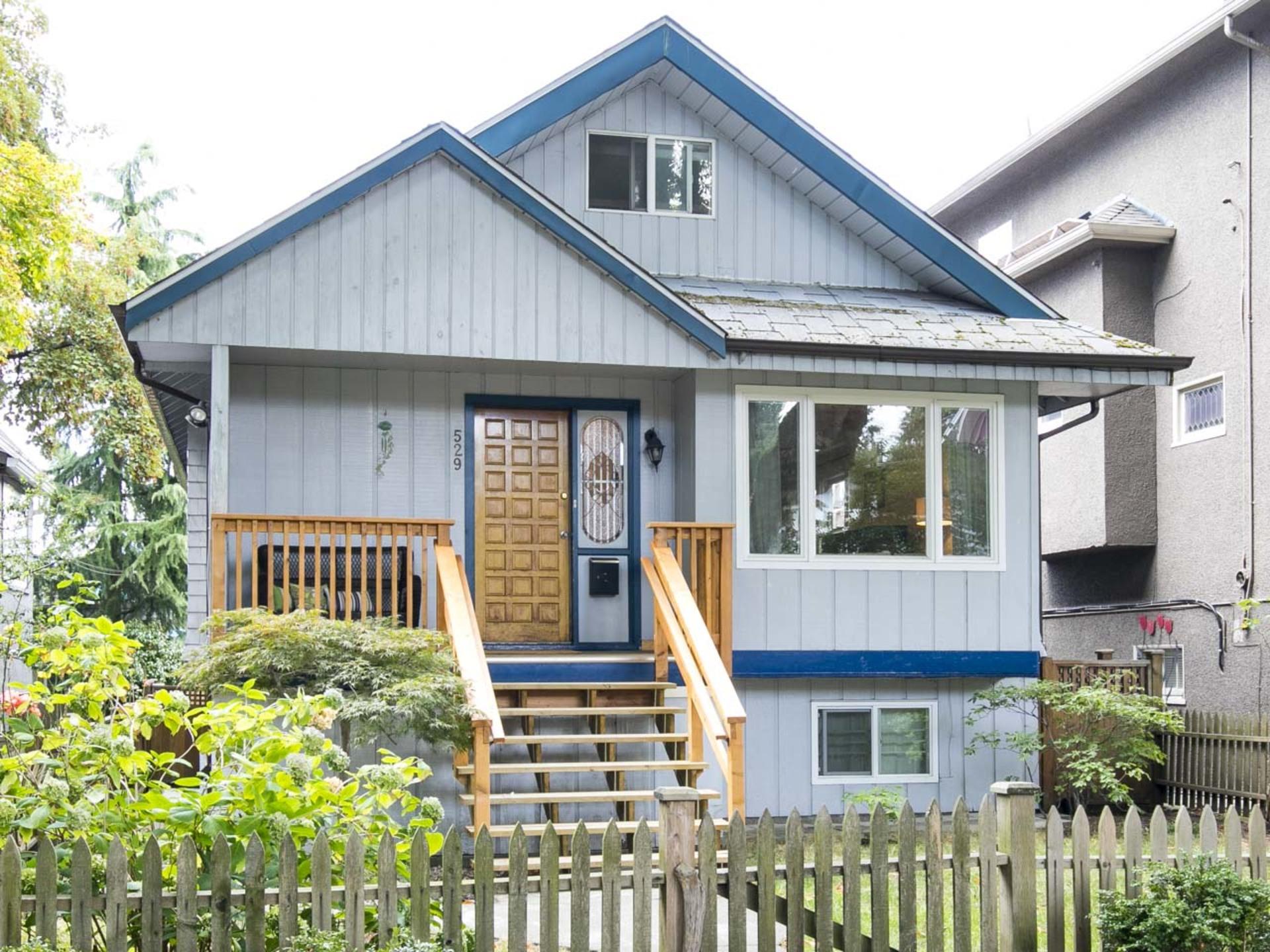 01 at 529 East 10th Avenue, Fraser VE, Vancouver East