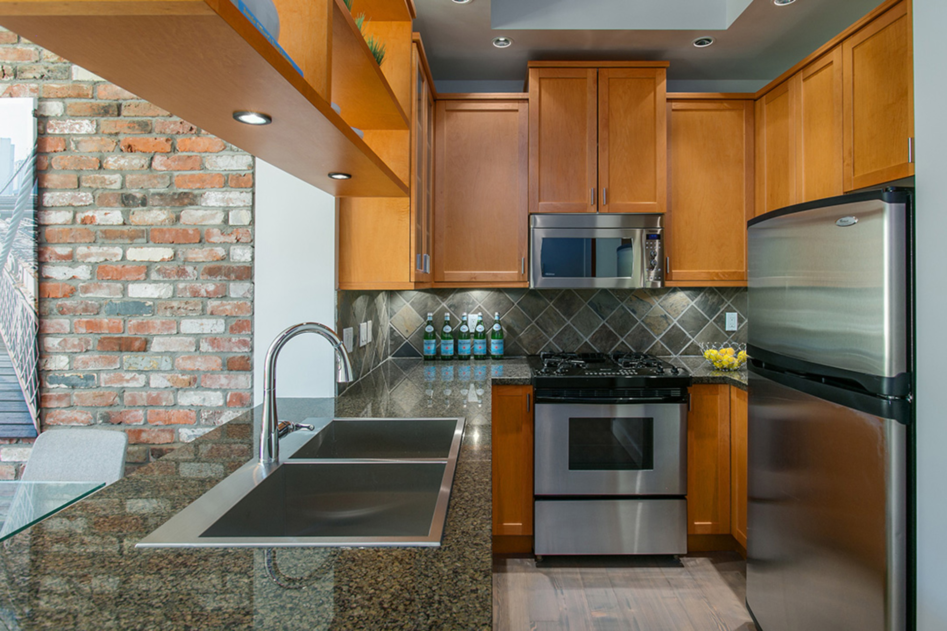 1j6a3544 at 207 - 2515 Ontario Street, Mount Pleasant VW, Vancouver West