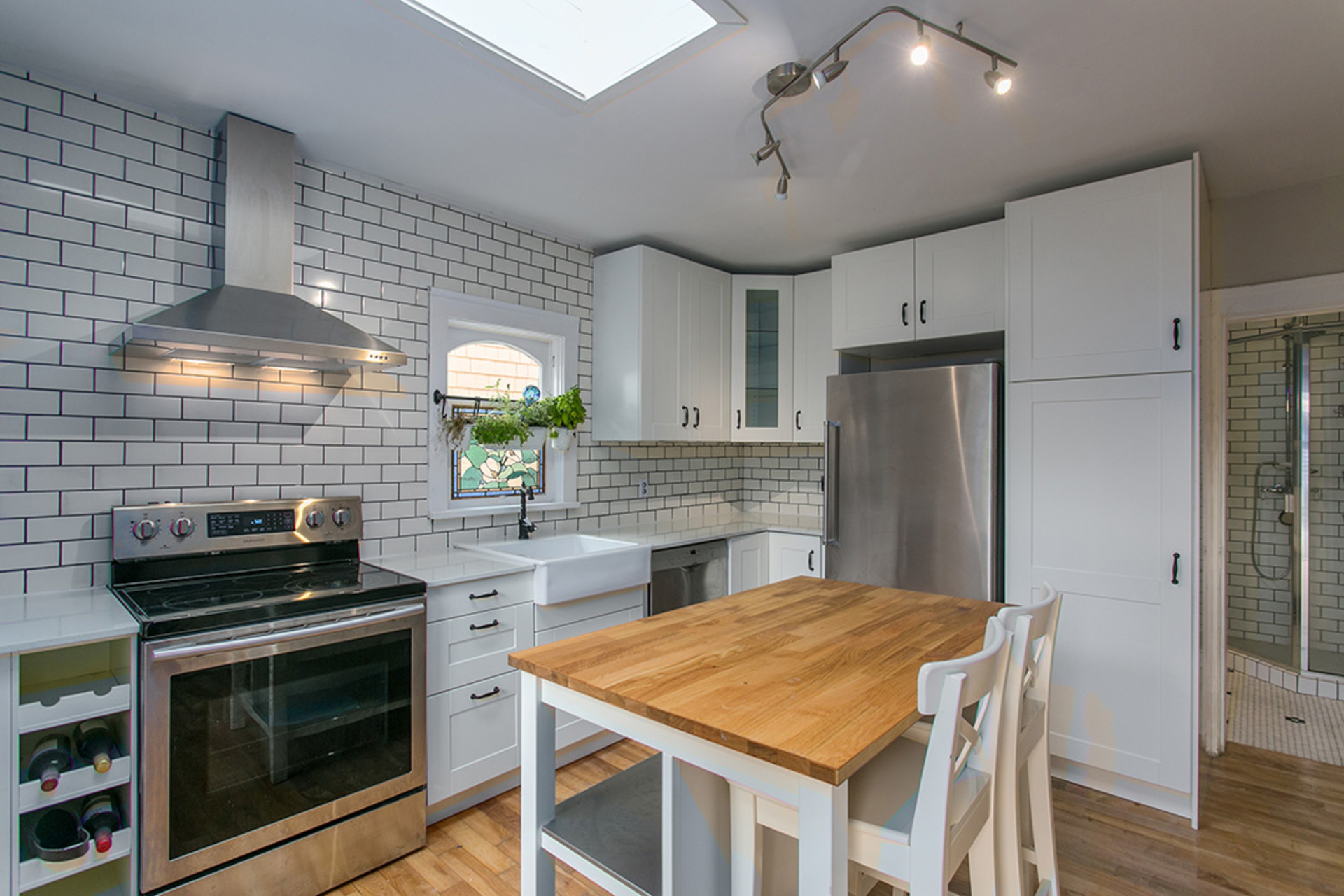 1j6a1239 at 458 East 28th Avenue, Fraser VE, Vancouver East